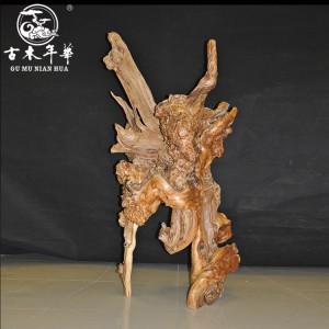 古木年华的崖柏根雕制作