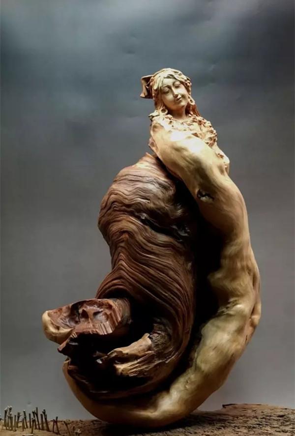 """崖柏匠心""""周扬"""":中国木雕博物馆国家级木雕艺术研究员"""