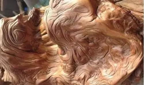 杜邦斯打磨出的崖柏作品