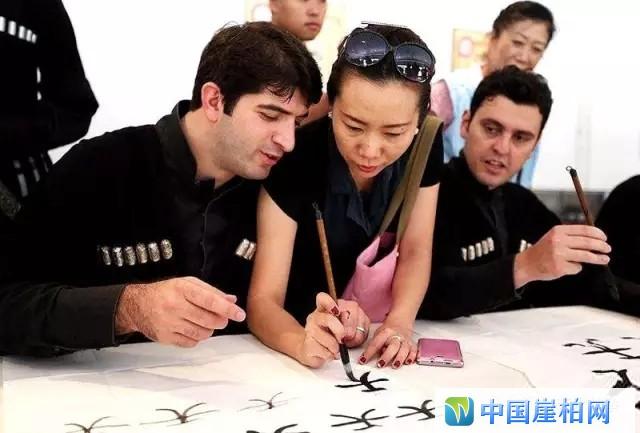 中国成为全球最大艺术品市场,国内艺术产业规模超8000亿