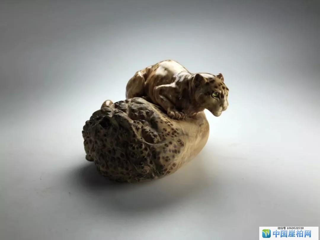 崖柏界:崖柏根雕中的三大雕刻题材