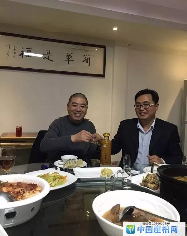 刘小平大师(左)和胡中健(右)