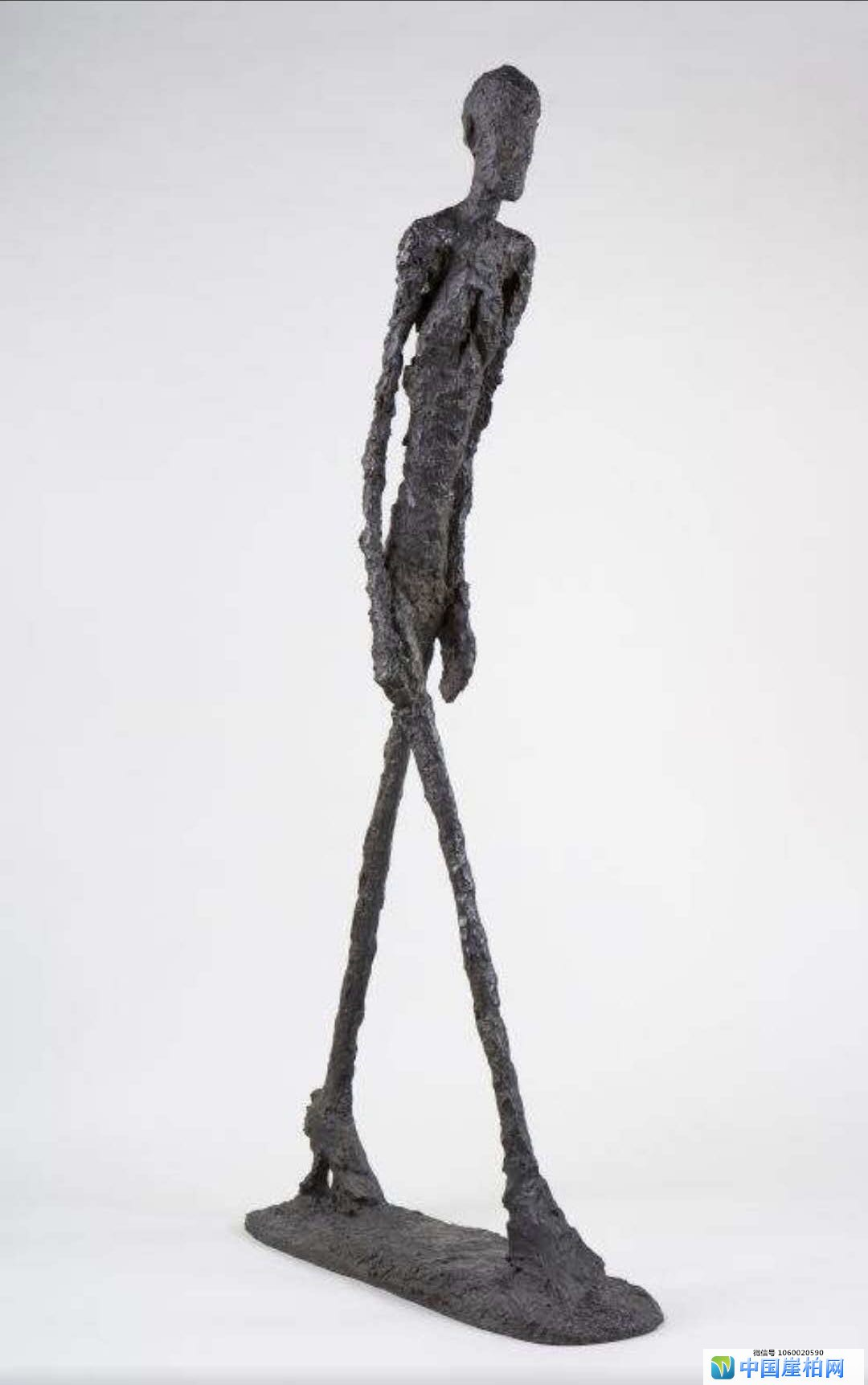 《行走的人》是瑞士阿尔伯托?贾科梅蒂的雕塑作品