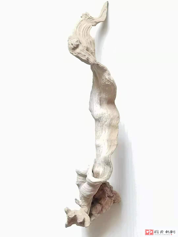 《婀娜多姿》崖柏作品  高37厘米  重200克